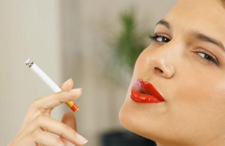 estorsione soldi sigarette
