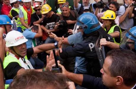 resistenza pubblico ufficiale