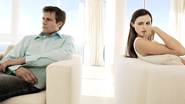 Separazione quando la moglie non sopporta il marito - Video marito porta la moglie a scopare ...